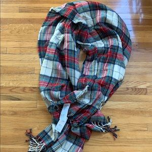 Abercrombie & Fitch Plaid Blanket Scarf NWT